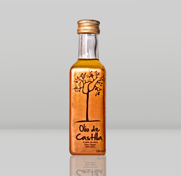 Packaging created by designer Verónica Jarquín for extra virgin olive oil brand Olio de Castilla