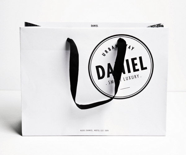 Logo and bag designed by Moodley for Vienna and Graz based luxury hotel Daniel