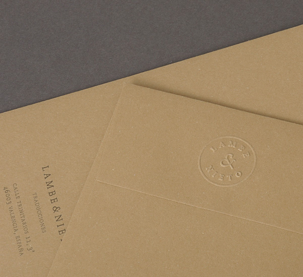 Manilla envelope with embossed logo detail designed by Boscos for Spanish translation service provider Lambe & Nieto