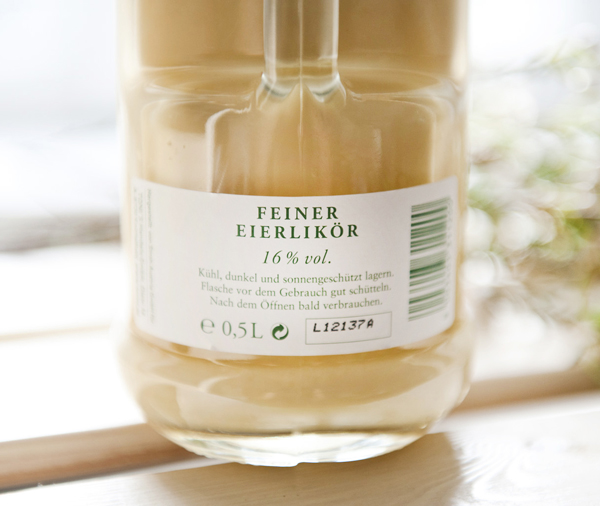 Glass packaging design by Moodley for egg liqueur Toni's Eierlikoer