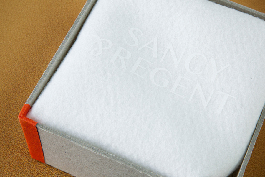 Logo and white screen printed jewellery box for retailer Sancy & Regent designed by OK-RM