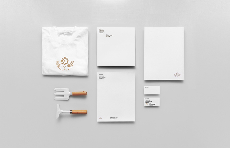 Brand identity and stationery by Anagrama for Latin American premium goods exporter Salvatierra