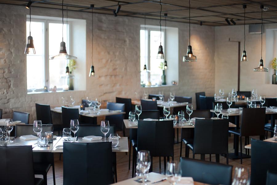 Interior of Oslo brasserie Festningen