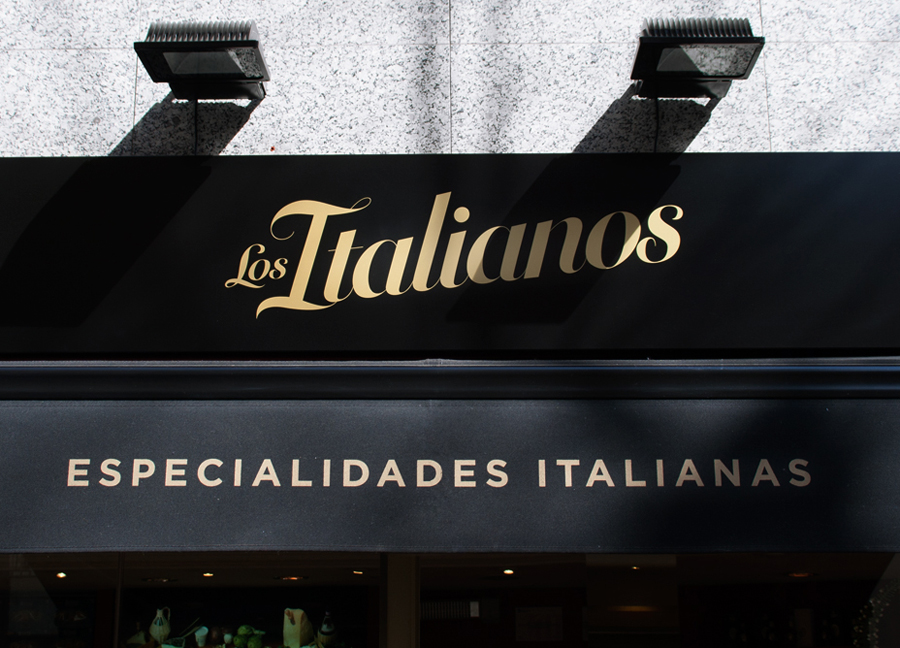 Logo and signage designed by Huaman for Barcelona based traditional Italian food producer Los Italianos
