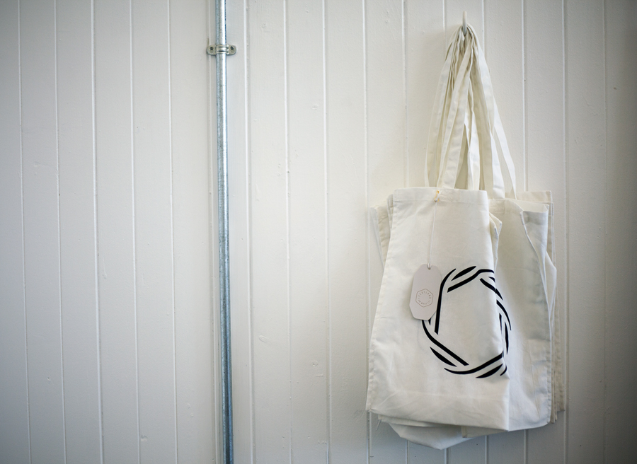 Tote bag for Commonwealth Games souvenir range Scotland Can Make It! by Graphical House