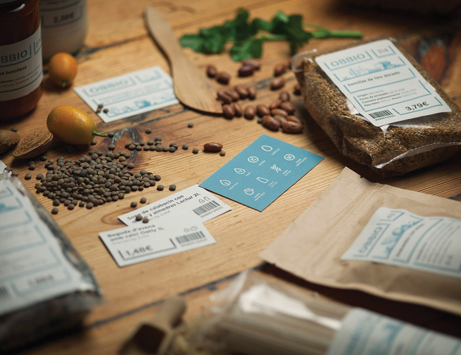 Iconography, packaging and print designed by Mayuscula for Spanish organic supermarket Obbio