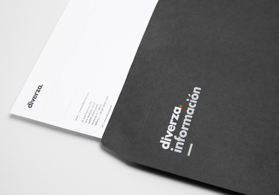 Logo, headed paper and envelope for Mexican on-line, electronic invoicing service provider Diverza designed by Face Creative