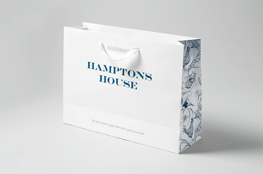 Logo and bag with illustrative detail designed by Moffitt.Moffitt for Sydney furniture and homeware retailer Hamptons House