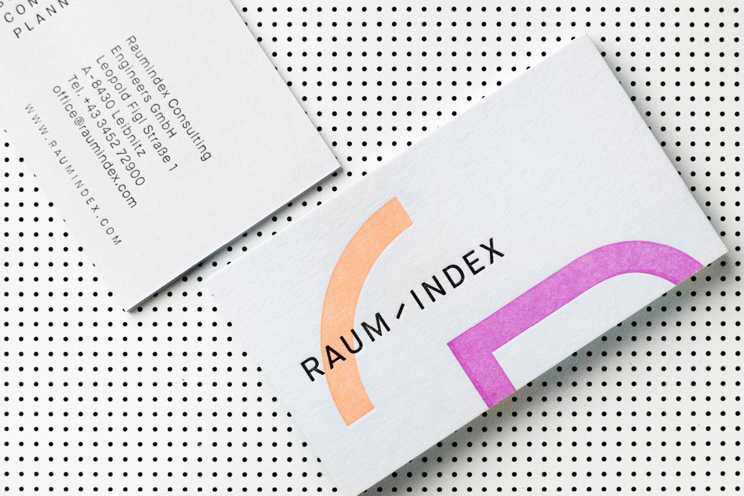 Brand identity and business cards by Graz and Wien-based Moodley for Austrian shop design studio Raumindex