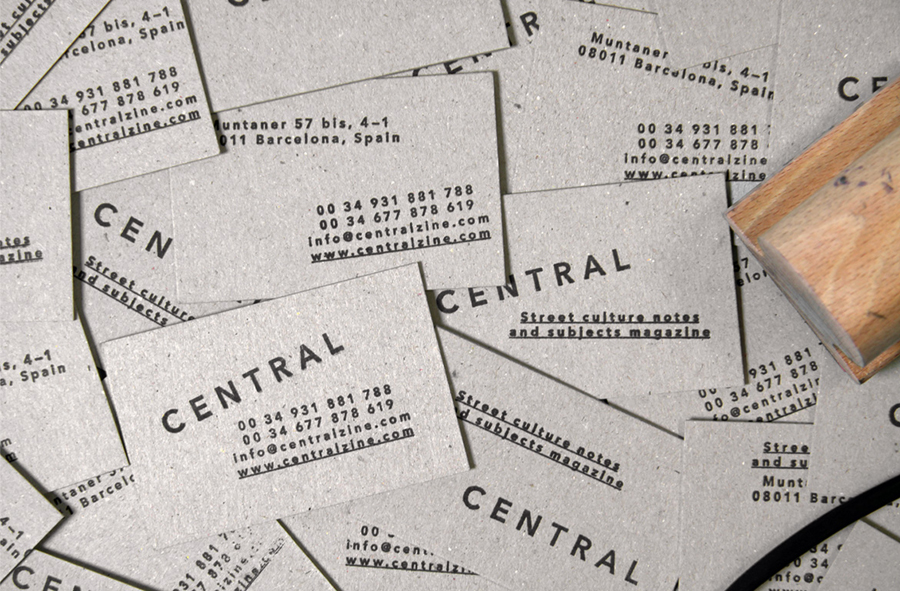 Business cards for Spanish art, design, fashion and pop culture magazine Central designed by Leon Jorge