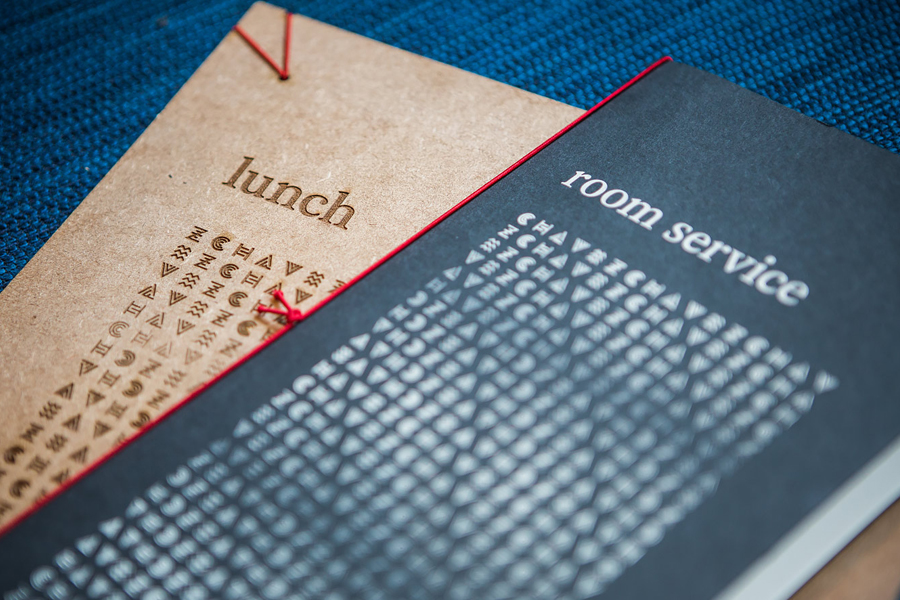 Menu with wood detail for restaurant Chavez by Foda