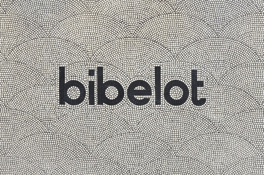 Bibelot designed by A Friend Of Mine