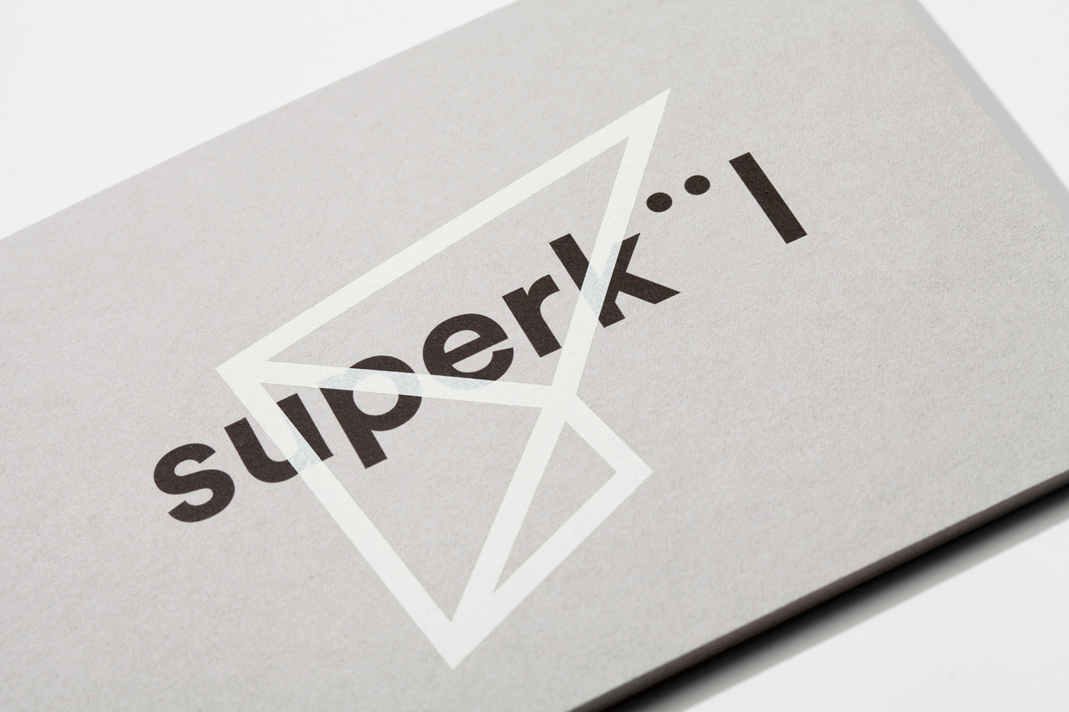 Brand identity and notecard by Toronto-based graphic design studio Blok for Canadian architecture firm Superkül