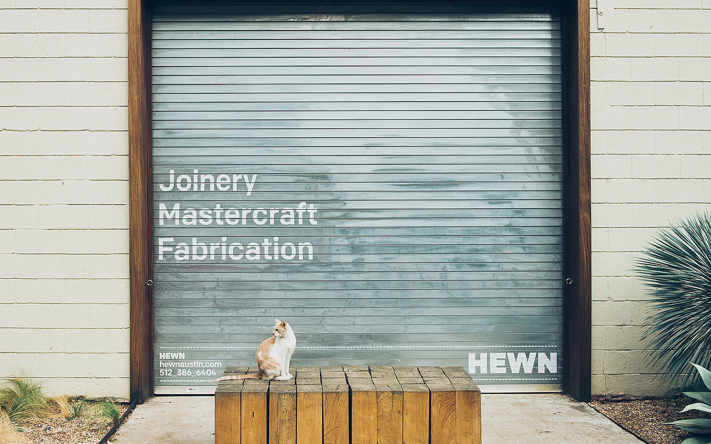Branding for woodworking shop Hewn designed by Föda, United States