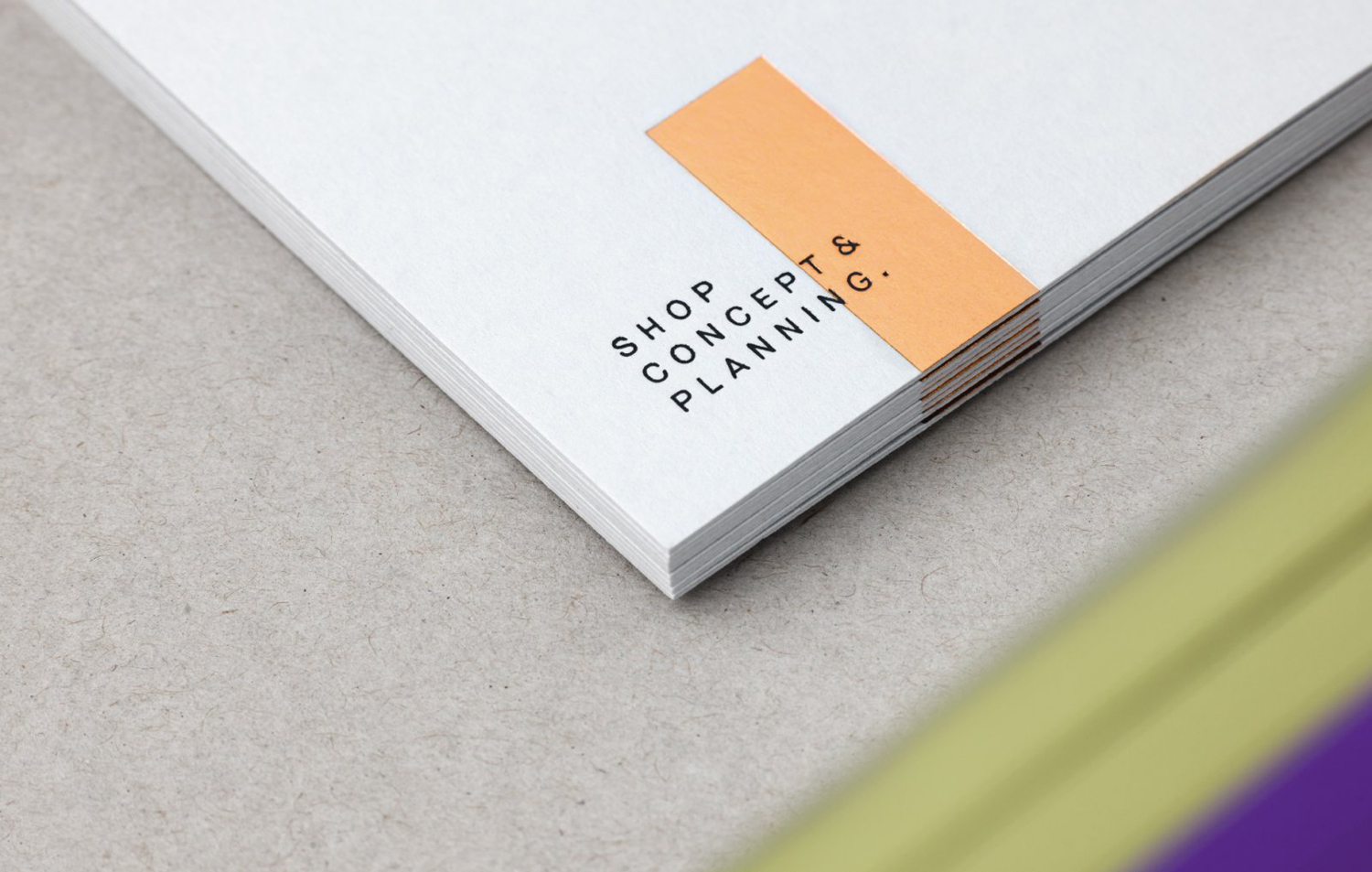 Brand identity and stationery by Graz and Wien-based Moodley for Austrian shop design studio Raumindex