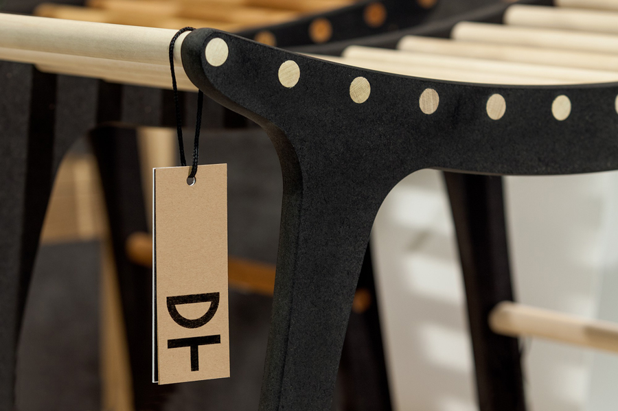 Logo and tag by Kurppa Hosk for Swedish contemporary furniture, art and design curator and retailer Designtorget
