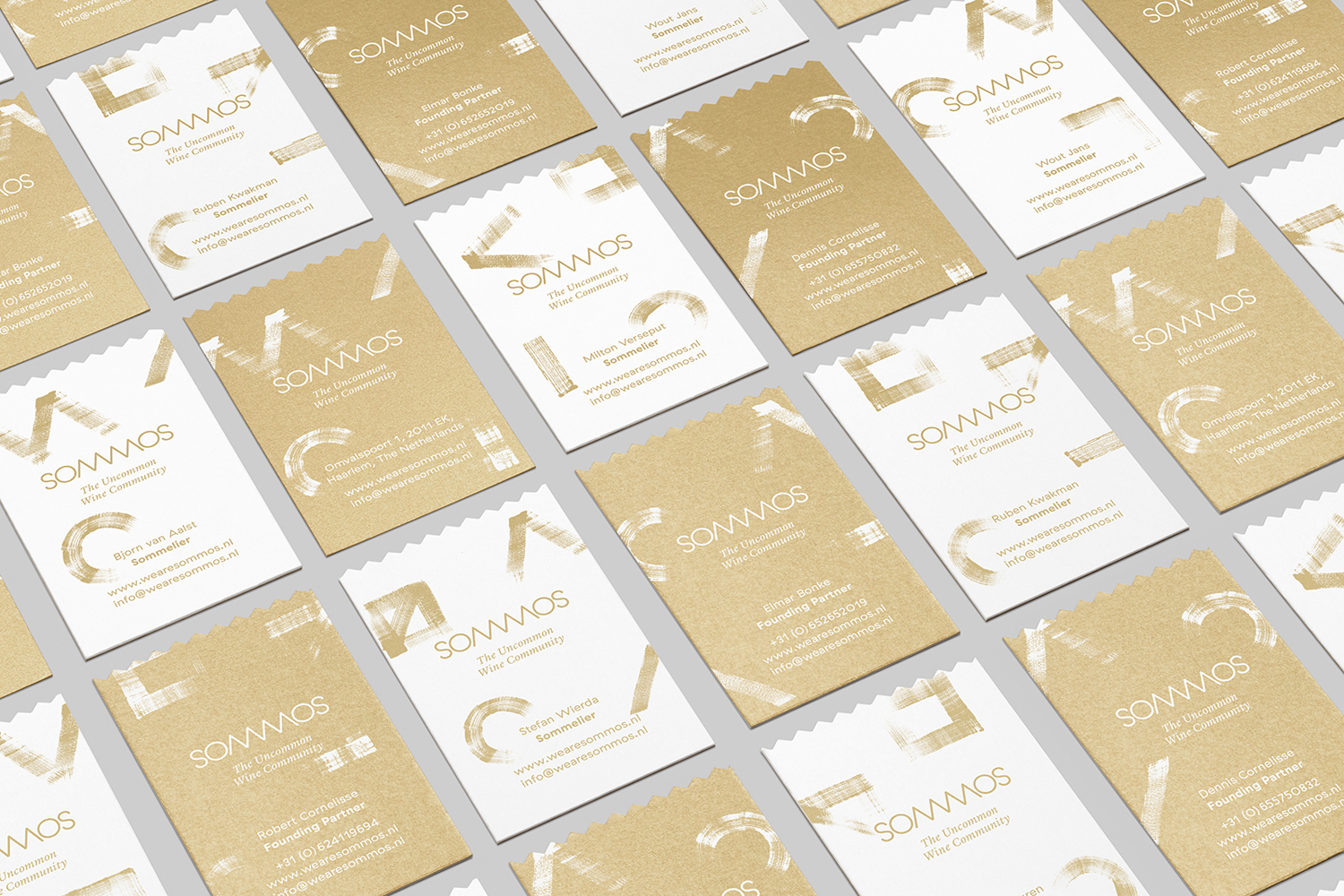 Branding and business cards with gold ink detail by Mucho for Dutch online wine subscription service Sommos