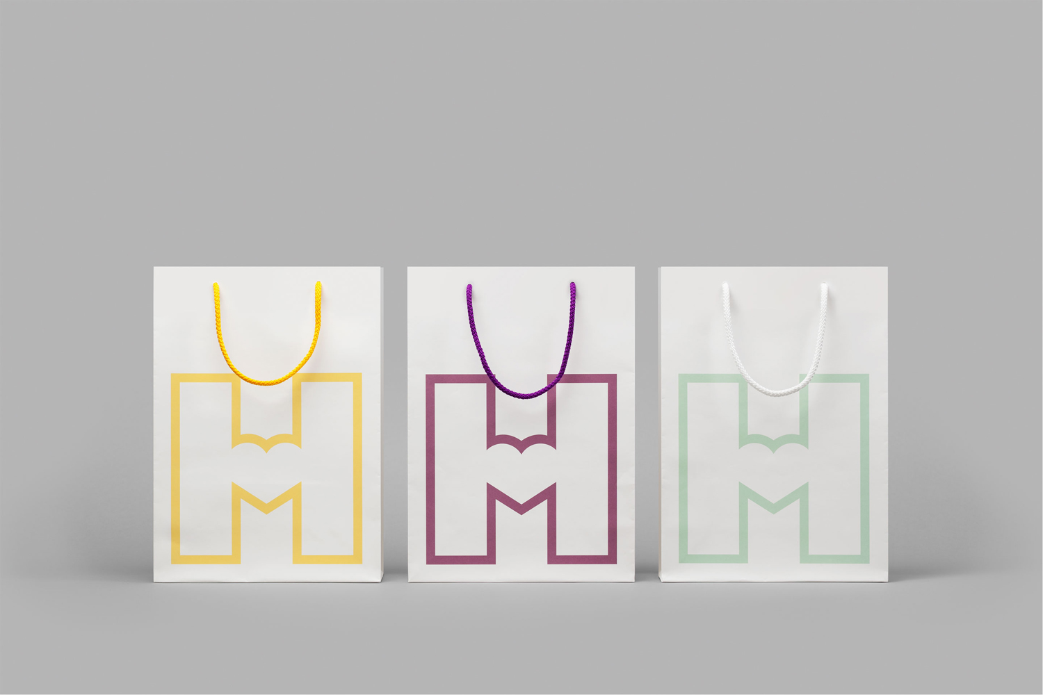 Logo and branded shopping bags by Finnish graphic design studio Werklig for Helsinki City Museum