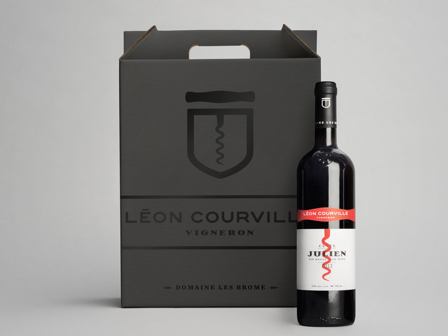 Wine labels for Léon Courville Vigneron designed by lg2 boutique